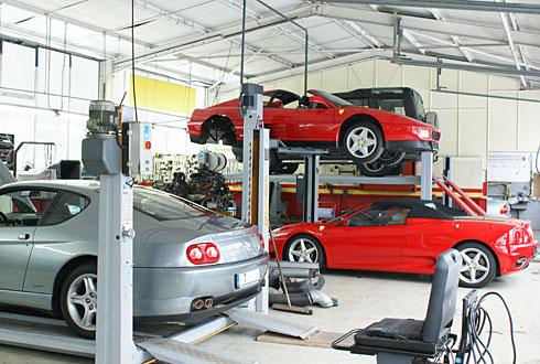 Autohaus michel weber ferrari mg rover oldtimer garage for Garage michel auto